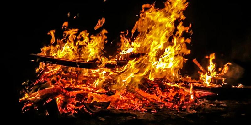 """Wegen Corona-Krise: Traditionelle Osterfeuer-Termine fallen aus -  """"Abbrennen aber zum späteren Zeitpunkt möglich"""
