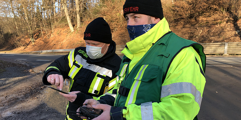 Feuerwehr gibt Update zur Personensuche in Neuhaus