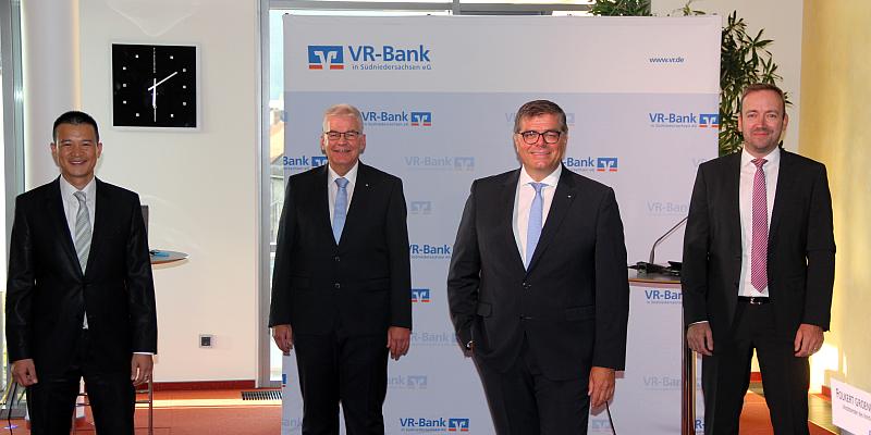 Erstes digitales Wertpapierforum der VR-Bank in Südniedersachsen