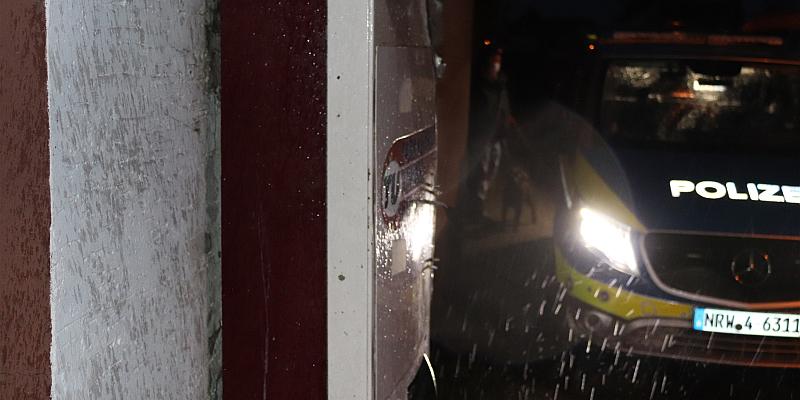 Zigarettenautomat in Stahle gesprengt