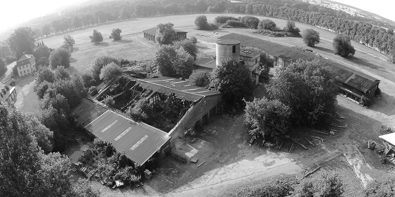 Es wirkt gruselig und ist lange verlassen: Alte Holzverwertung nahe Schloss Corvey