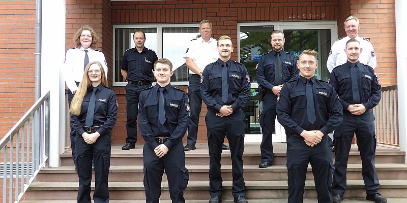 Die Polizei Holzminden begrüßt neue Mitarbeiterinnen und Mitarbeiter