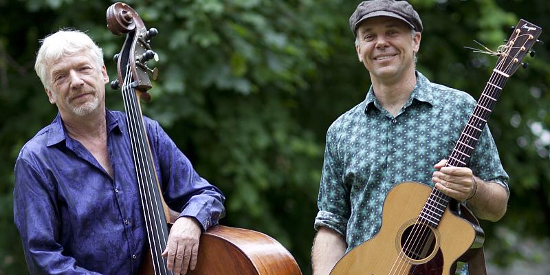 Acoustic Groove Duo: Tony Kaltenberg und Carsten Hormes spielen im Korbmacher-Museum