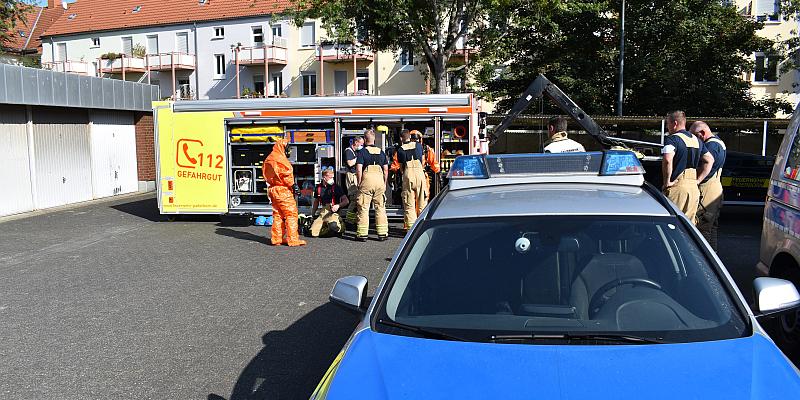 Verdächtiger Brief in Paderborn: Polizei ruft ABC-Dienst der Feuerwehr Paderborn