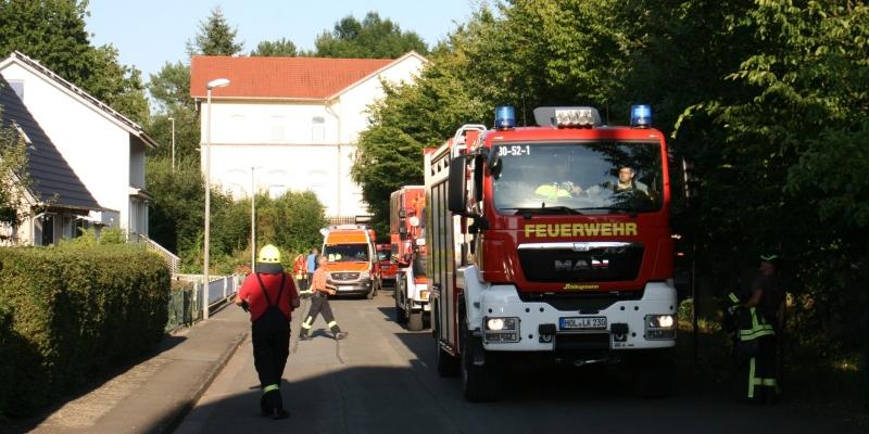 Containerbrand wird zum Gefahrguteinsatz
