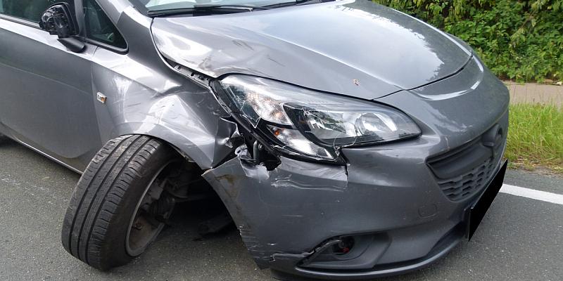 Motorradfahrer aus Holzminden bei Unfall schwer verletzt