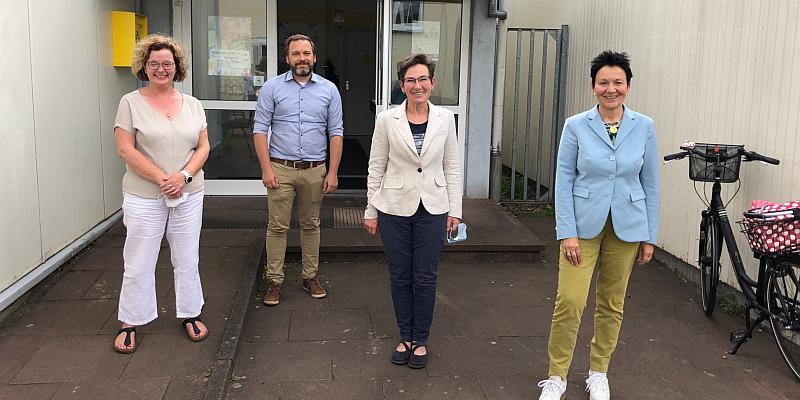 Sabine Tippelt zu Besuch beim Verein Kinderbetreuung Holminden e.V.