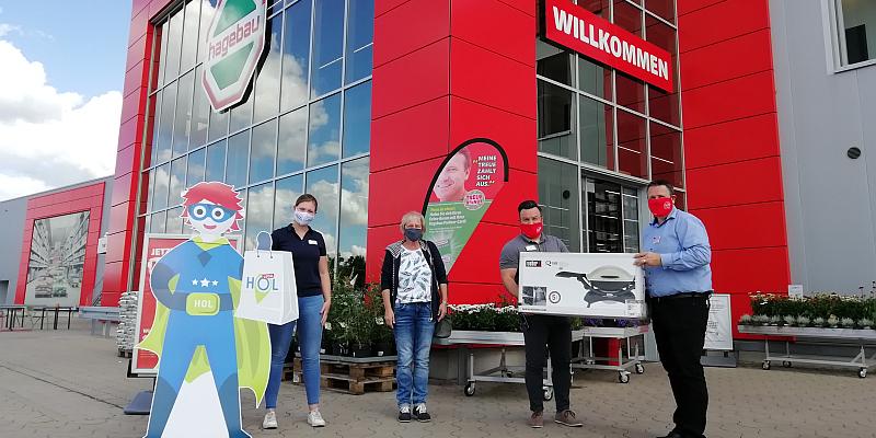 Glückliche HOCAL-Gewinner: Mit HOCAL-Kampagne lokal einkaufen, Holzminden stärken und attraktive Preise gewinnen