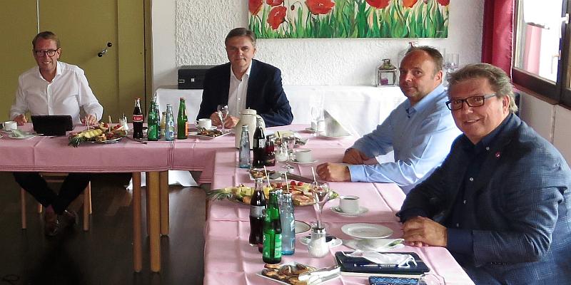 Uwe Schünemann MdL: Telekom stellt 13 neue Mobilfunkantennen im Landkreis Holzminden auf