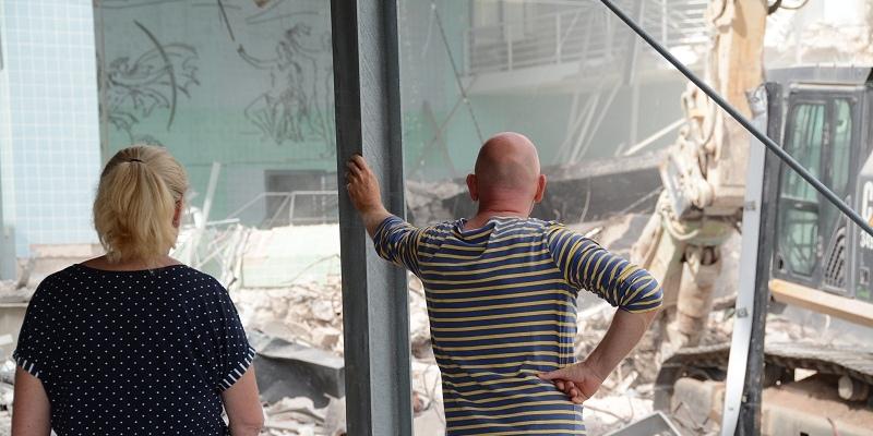 Abriss der Weserbergland-Klinik schreitet mit großen Schritten voran