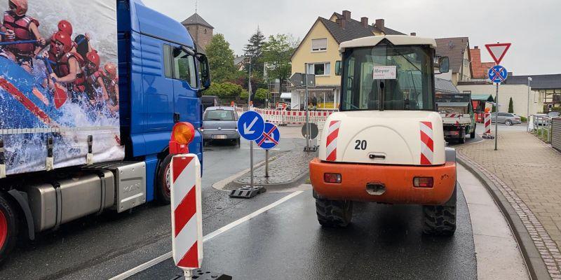 Baustelle sorgt für lange Staus in Eschershausen