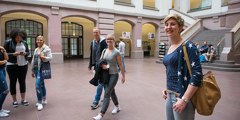 HAWK in Holzminden lädt zum digitalen Open Campus ein