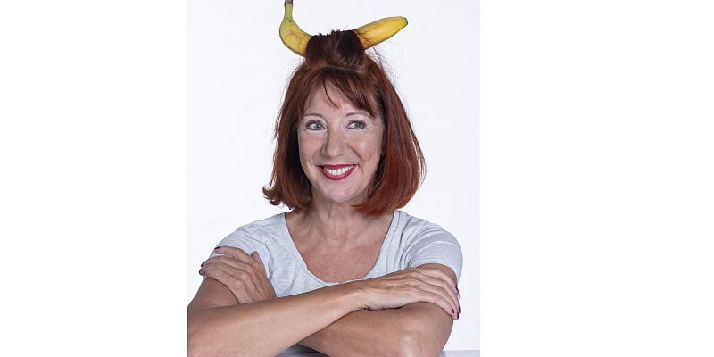 "Simone Fleck serviert ""Männerobst"" -  Kabarett zum Weltfrauentag"