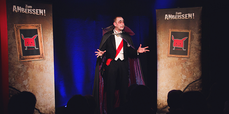 Zauberhaft komisch ins neue Jahr – Café & Zimmertheater Höxter startet Theatersaison 2020