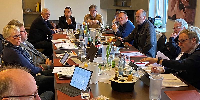 CDU Klausurtagung in Holzminden: Beratung über Bildungsgipfel und Einführung einer Notfall-App