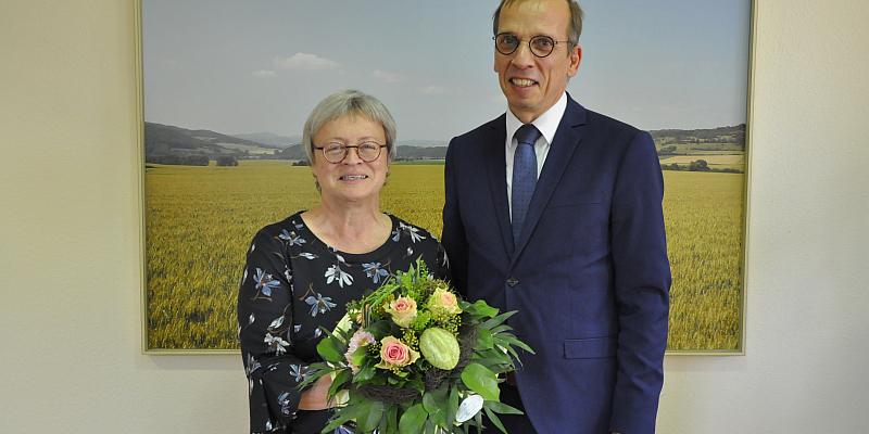 Höxters Bürgermeister dankt Holzmindens Landrätin für gute Zusammenarbeit