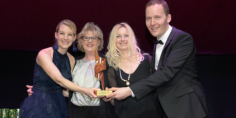 Und der Award STERNE der WÄSCHE geht an das Mode- und Sporthaus Klingemann! Einzigartige Auszeichnung für das Modehaus Klingemann in Höxter